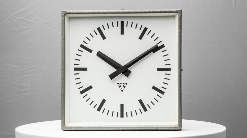 Pragotron Polished Factory Clock Gray Burned Steel