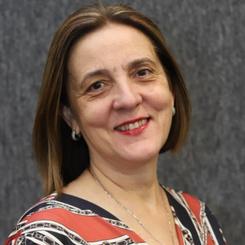 Maria Tereza Uille Gomes