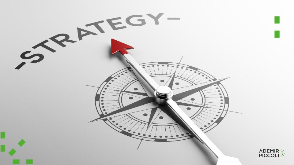 Mantenha um alinhamento entre estratégia digital e de negócios.