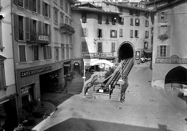 02523-L-256-Piazza Cioccaro.png