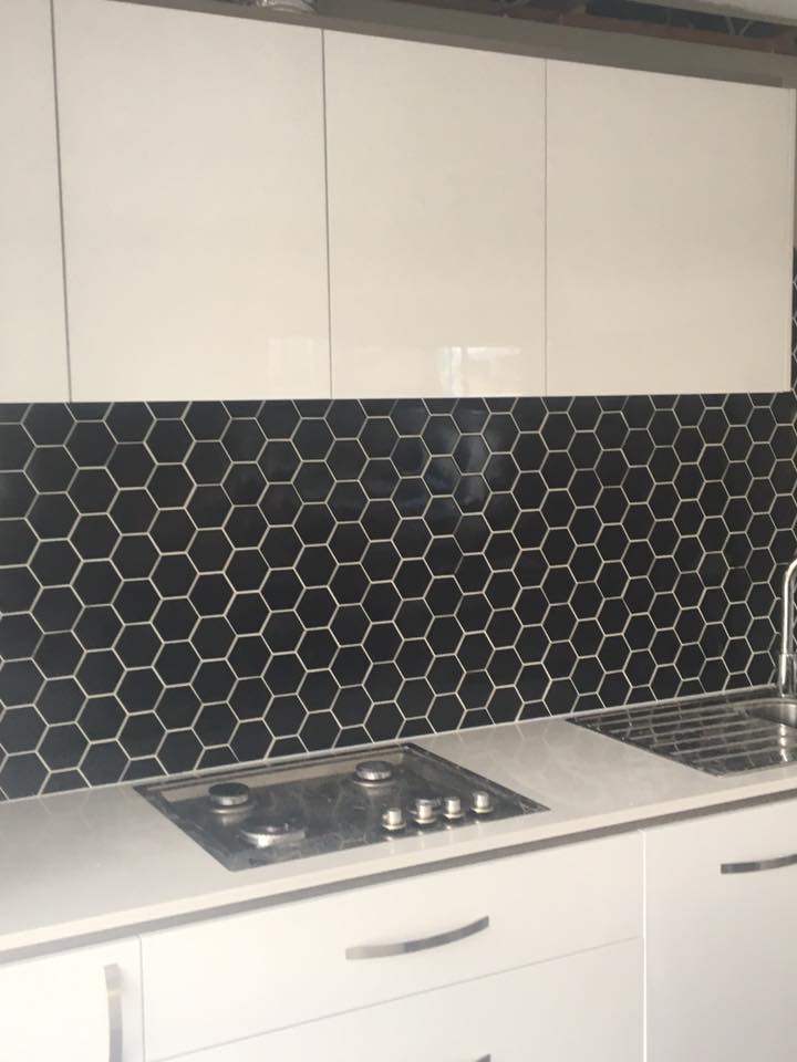 KITCHENS/SPLASHBACKS