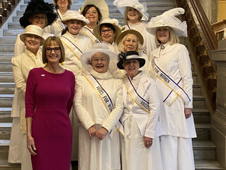 Suffragists at the Statehouse