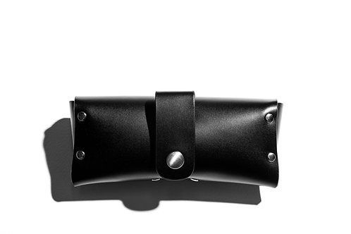 Genuine hard leather case by Spec Studio 5 with belt clip