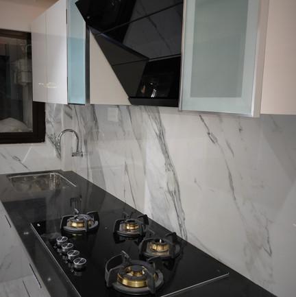 Luxerior Vile Parle Project Kitchen (4).