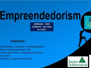 Empreendedorismo como qualificação profissional para alunos do ensino médio.