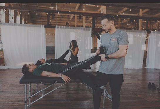 Stretching Fascial Stretch therapy