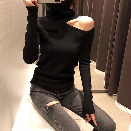 """Chic""sweater with open shoulder."