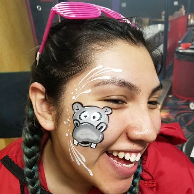 First #hippo request 🙌 #facepaintfever