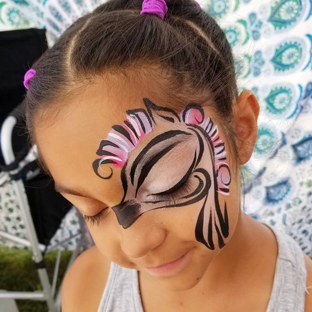 She had amazing eyes for this zebra desi