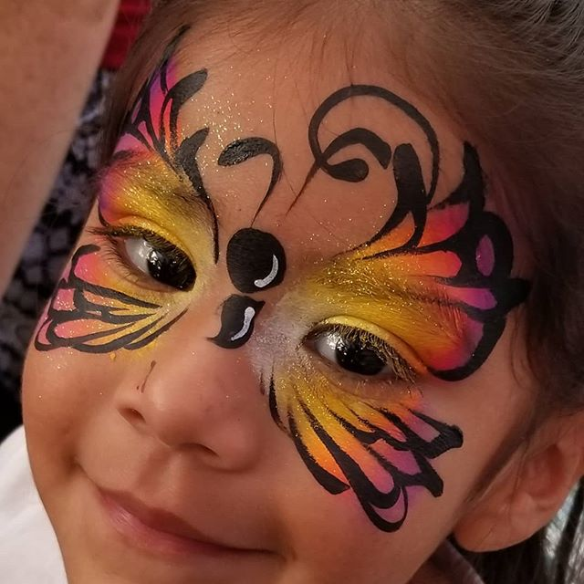 🦋 #facepaintfever in #blackfoot #idaho
