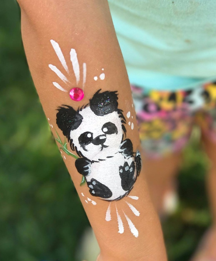 Panda arm paint