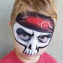 Pirate skeleton face paint