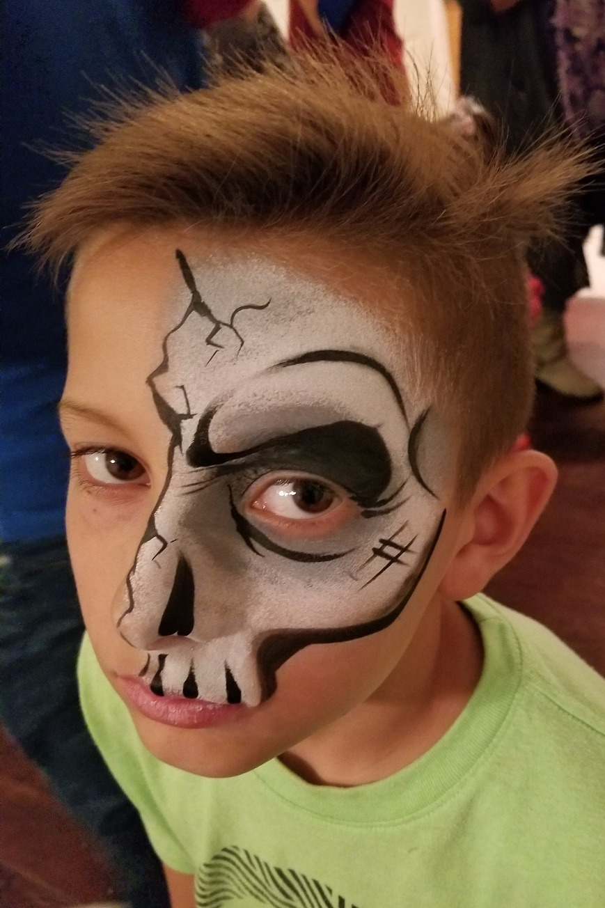 Quarter face skeleton face paint