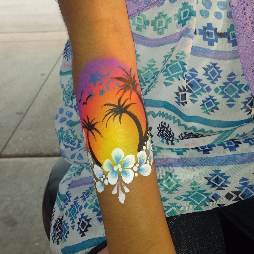 Palm tree arm paint
