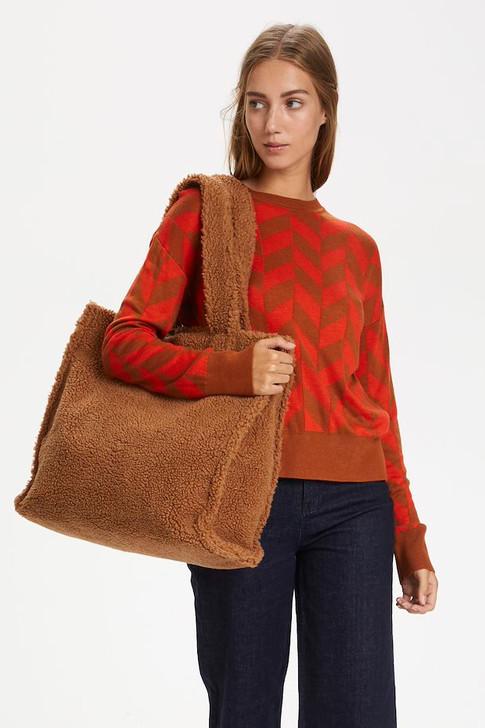 leather-brown-deep-orange-sanjaiw-strick