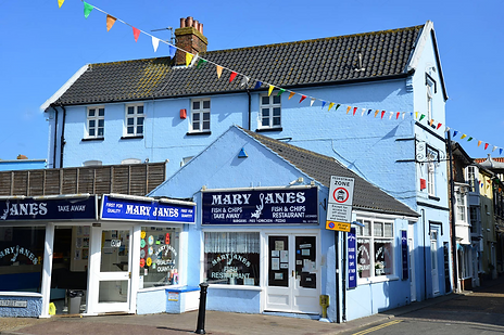 mary-janes-fish-chips-restaurant-garden-