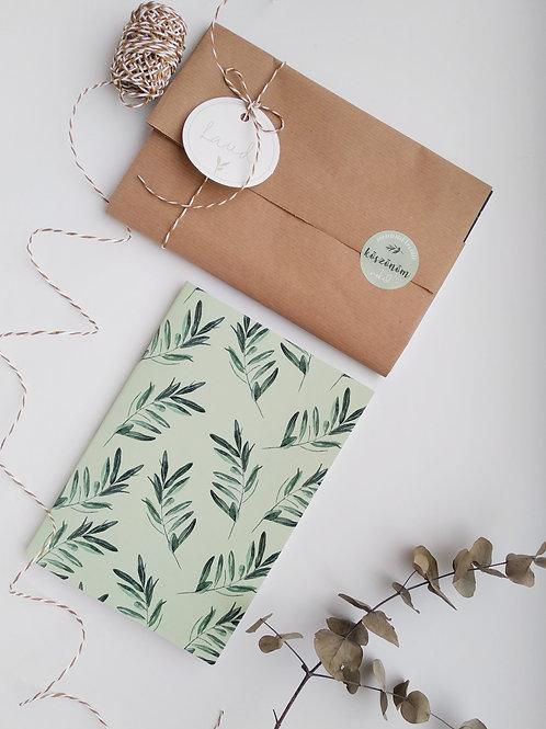 Oliva füzet/ babzöld