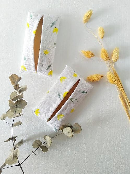 Sárga virág zsepkendőtartó