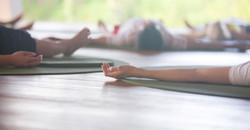 détente_cours_de_yoga