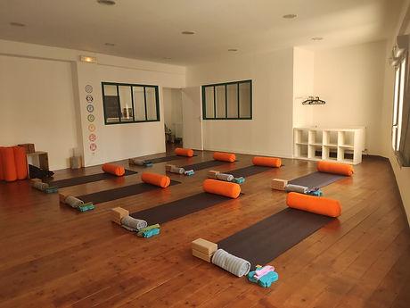 studio yoga amboise.jpg