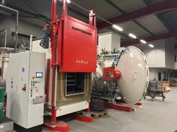 LI-Tiefkühlanlage / RE-Vakuumofen