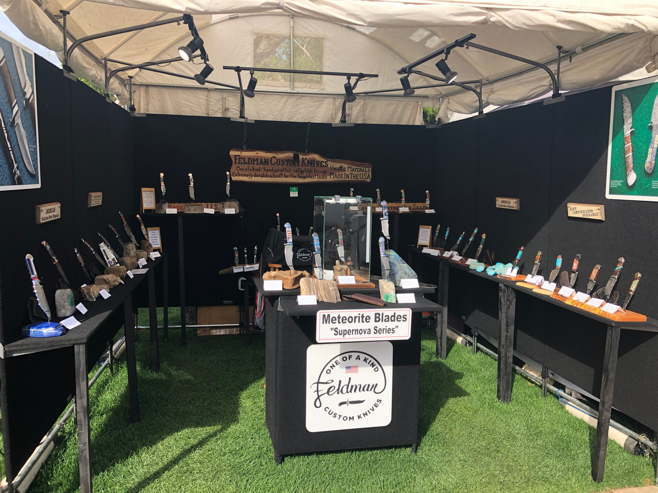 Feldman Custom Knives booth at Scottsdale Fine Art Show