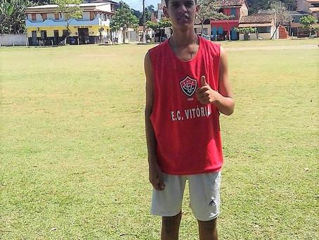 Atleta de Taboquinhas aprovado na peneira do Vitória em Itacaré