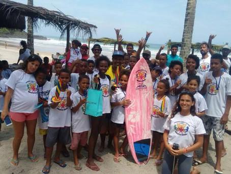 ASI encerra 1ª fase do Projeto Surfando para o Futuro em Itacaré