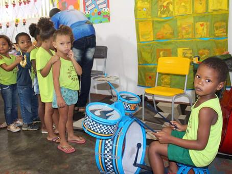 Prefeitura de Itacaré desenvolve projetode música nas escolas