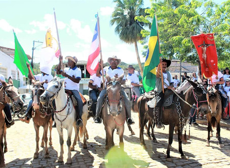 Cavalgada reúne centenasde pessoas em Taboquinhas