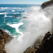 ocean-geyser-at-la-bufadora-ensenada-mex