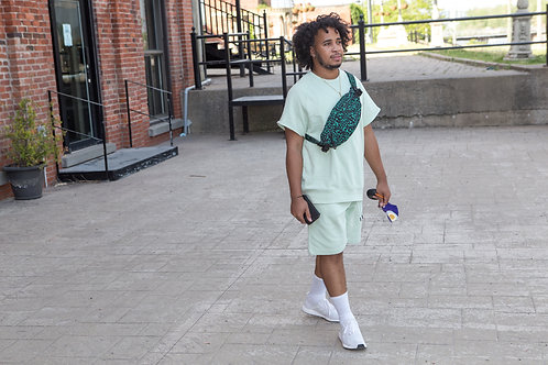 The mint - Short sleeve/shorts set - Mint green/beige peacock green lettering