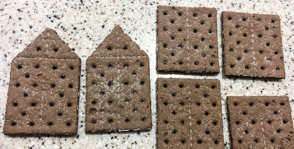 correct cut crackers for gingerbread house