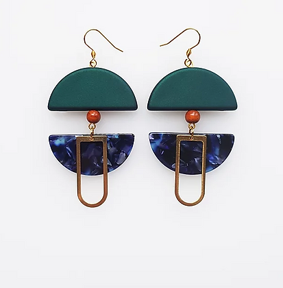 Middle Child - Helm Earrings Green