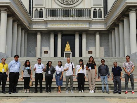 AU Graduate Students on a Tour of Suvarnabhumi Campus