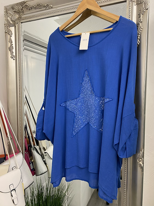 Oversized Distressed Star Top