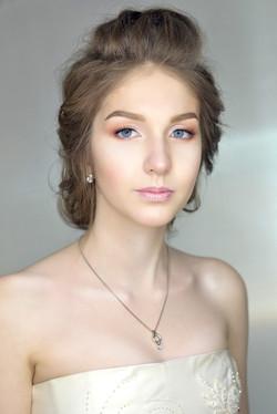 Натуральный и освежающий макияж