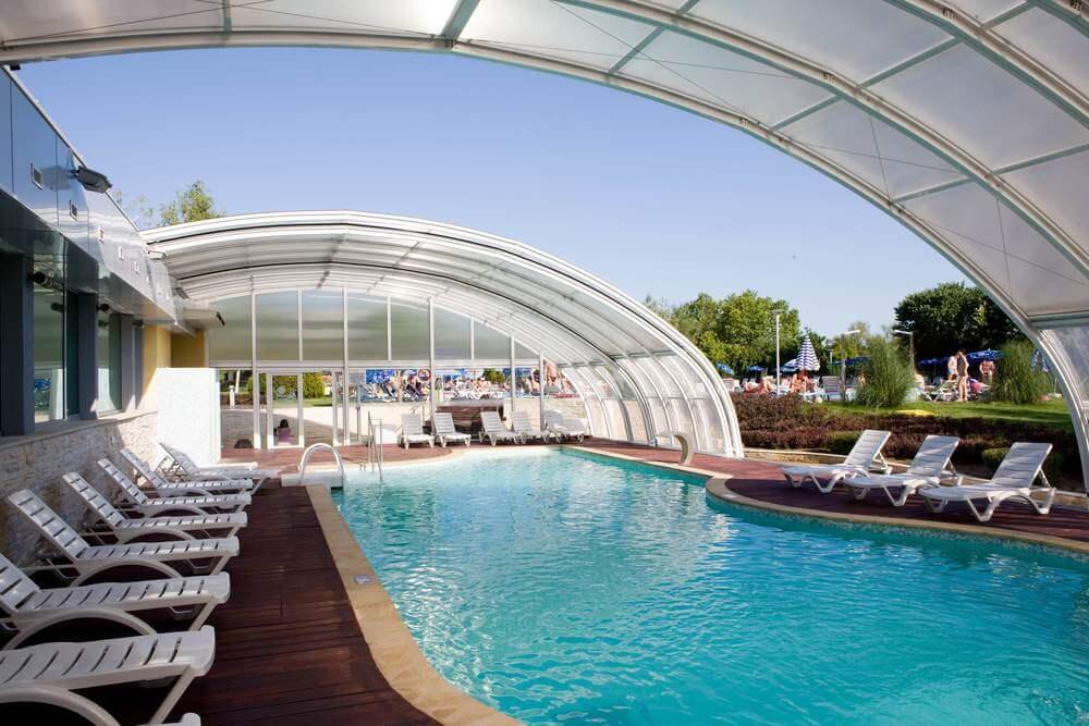 Ralitsa_Superior-Indoor-pool-small.jpg