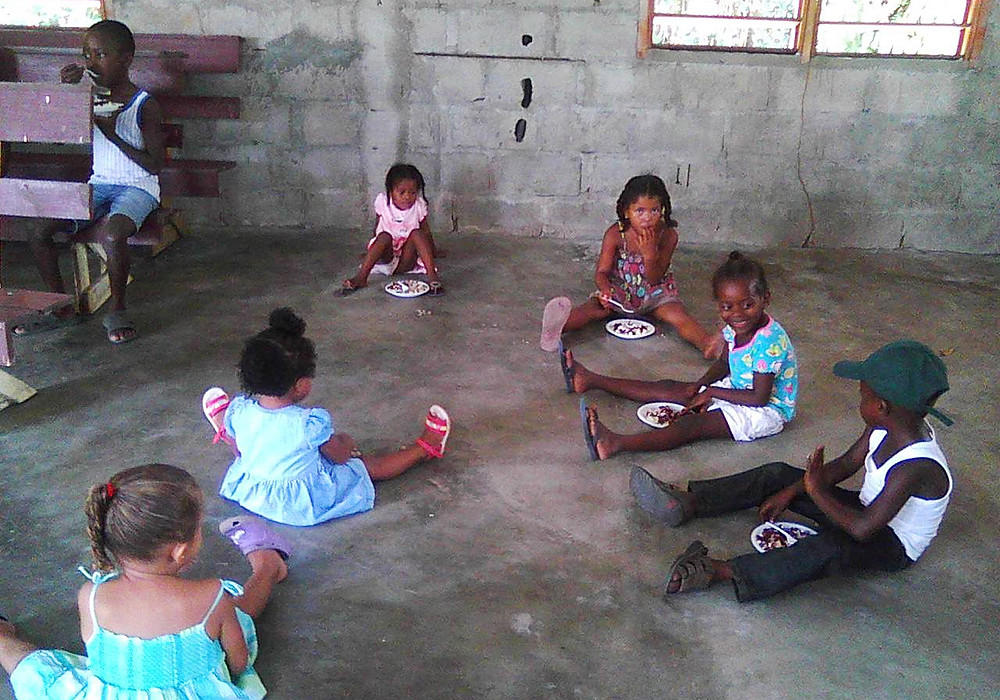 Feeding Program in Nuevo San Juan, Honduras