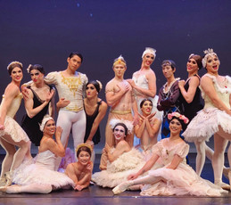 "New York's Les Ballets Eloelle to perform in ""Men In Tutus"" at The Teatro, Montecasino."