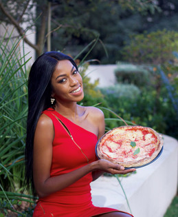 Miss SA Finalist Grabs a Pizza the Action.