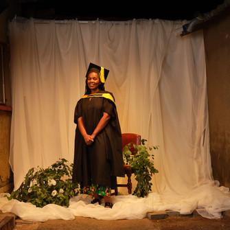 NESTLÉ CREMORA spreads cheer to Graduates with  #MakeMoreMemories Campaign.