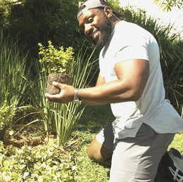 Earth Day Challenge with Tendai 'Beast' Mtawarira & Husqvarna.