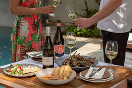 Catch the holiday vibe with Steenberg's Summer Party Selection.