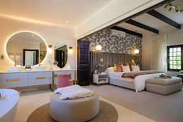 Create lasting memories with a Steenberg Easter family staycation.
