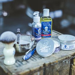 How to reduce razor rash after shaving with a cut-throat razor - By The Bluebeards Revenge.