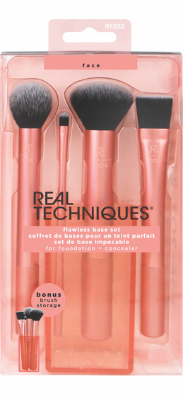 Winter makeup tips for glowing skin and striking eyes.