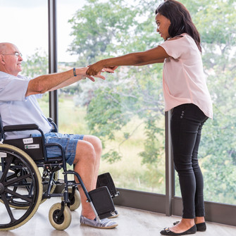 The benefits of retirement village living for active retirees.
