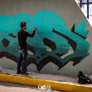 liga graffiti 2018 accion beso.jpg