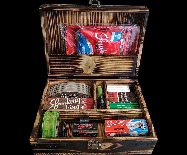 Rinkinys sukamam tabakui rankų darbo lagaminėlyje